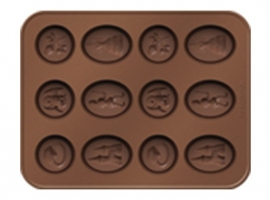 CORTAPASTAS CON MOLDE CHOCOLATE